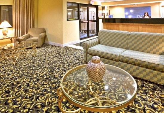 Holiday Inn Express Hotel & Suites Dallas/Stemmons Fwy(I-35 E): Lobby