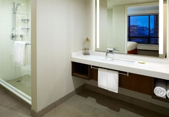 Guest Room ό Delta Hotels Ottawa City Centre