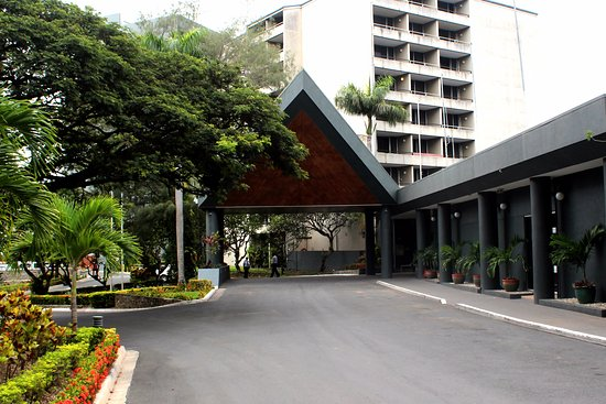 Holiday Inn Port Moresby: Hotel Exterior