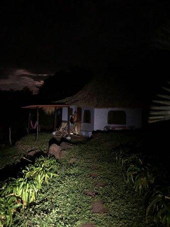 Hotel Finca del Sol : Moonrise over our cabana