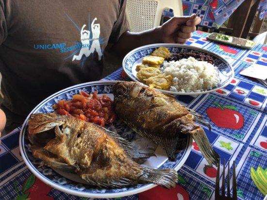 Balgue, Nicaragua: Fried fish