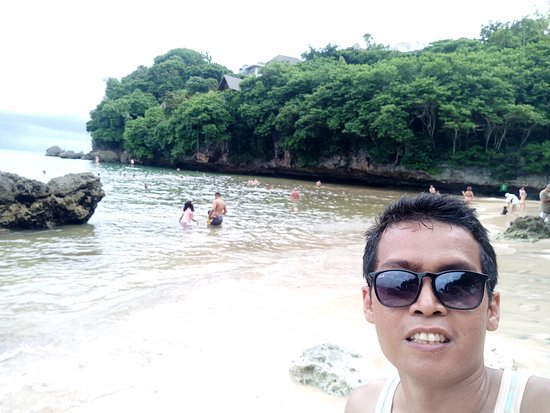 Padang Padang Beach: Nice