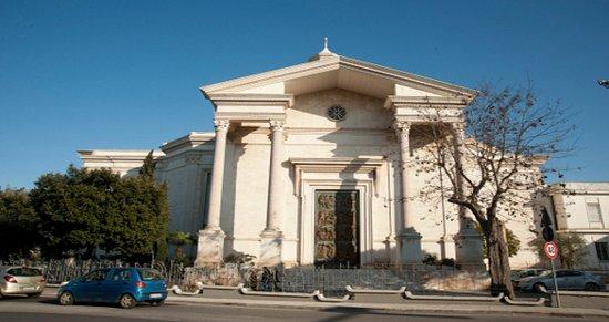 Basilica Parrocchia Santa Fara