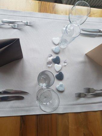Merveilleux Chemin De Table Et Decoration Unique Et Originale