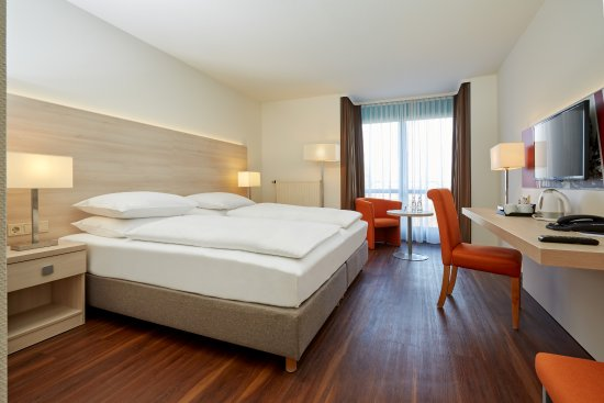 H hotel limes thermen aalen bewertungen fotos for Moderne hotels deutschland
