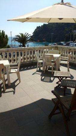 Albergo Lungomare: The terrace