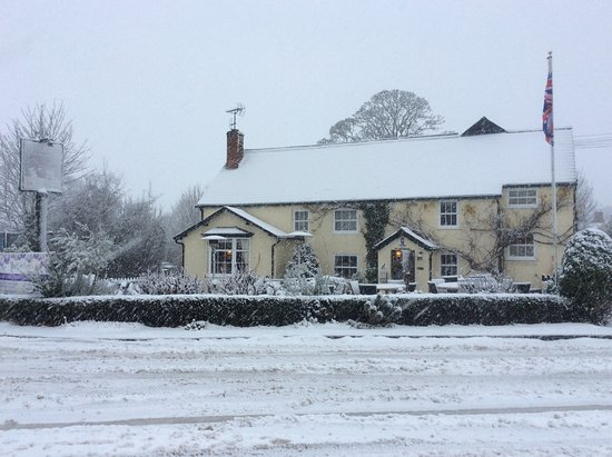 Clavering, UK: Always open, snow or no snow!