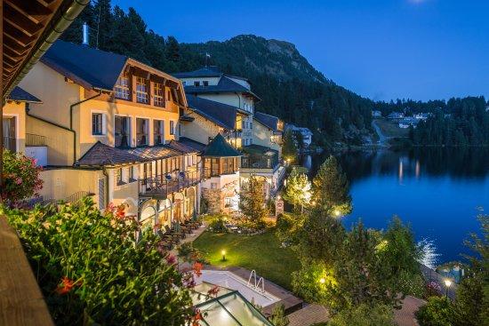 Blaue Stunde Romantik Seehotel Jägerwirt im Sommer