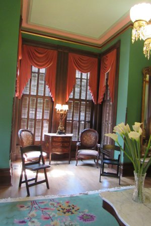 Independence, MO: Inside the mansion