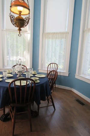 Independence, MO: My fav. room. A little dinning nook.