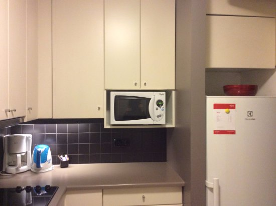 Adina Apartment Hotel Budapest: кухня в номере