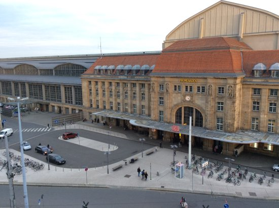 Best Western Hotel Leipzig City Center: Handy for transport and shops
