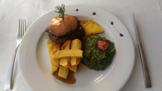 Palmeira, Portugalia: Tornedó Rossini com foie gras