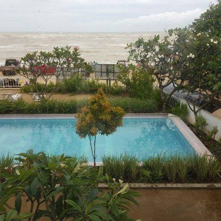 Jepara Beach Hotel: 20180114_070430_large.jpg