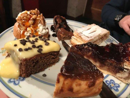 Faggeto Lario, Italia: le torte, una per ogni gusto. top.