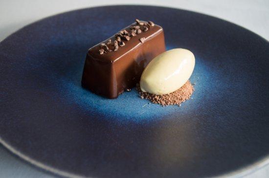 Buckhurst Hill, UK: Chocolate and passionfruit