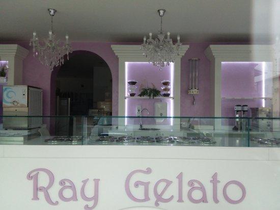 Santa Maria Maddalena, Italia: Una valida gelateria in tutte le stagioni