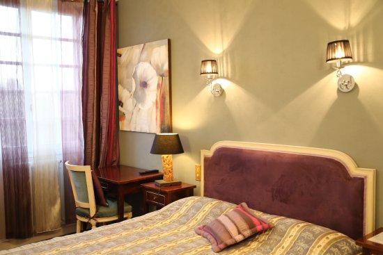 Saint-Pierre-du-Vauvray, Frankrike: Un hôtel original et coloré : chaque chambre est un univers à elle seule !