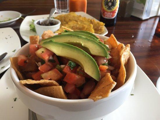 Tico y Rico Monteverde: Chifrijo aka Tico rice bowl :)