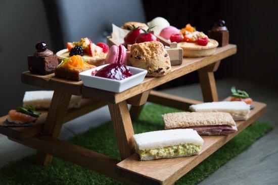 Gunthorpe, UK: Afternoon Tea 'In The Garden'