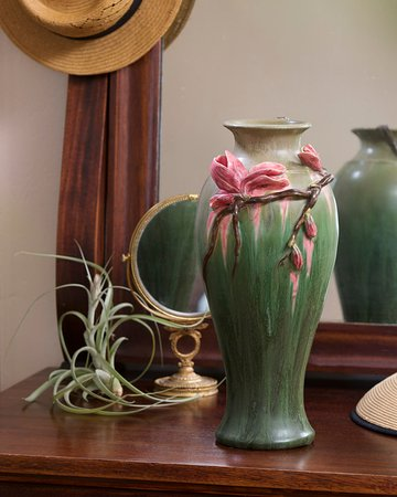 Ephraim Pottery: Sweet Magnolia Vase