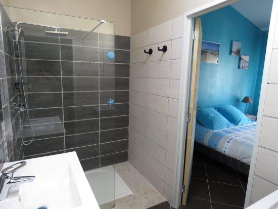 Salle de bain - Bild von Les Arums de Fondeminjean ...