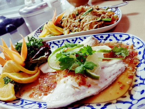 Top1 bild fr n top thai restaurant nueva andalucia for 22 thai cuisine new york ny