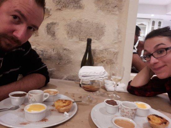 Vert-Saint-Denis, Frankrig: Café gourmand