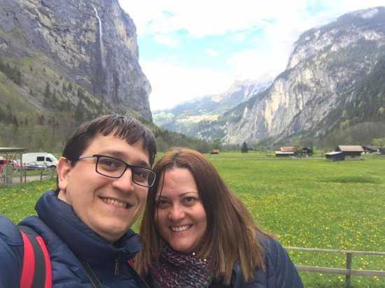 Lauterbrunnen Valley Waterfalls: Caminhada Romantica