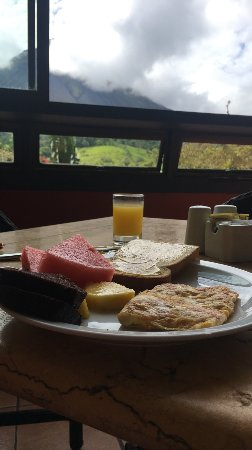 Arenal Kioro Suites & Spa: Complimentary breakfast buffet