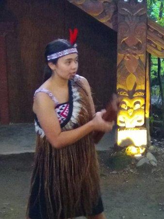 Maorilandsbyen Tamaki: Χωριό Τάμακι Μαορί