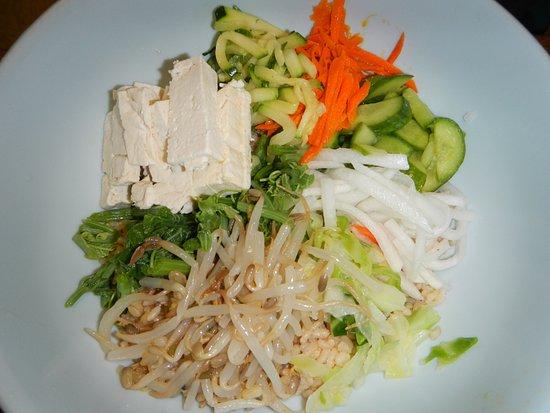 Yong's Kal-Bi: Vegetarian Bibimbop ~ Yong's Kal-Bi, Waimea, HI
