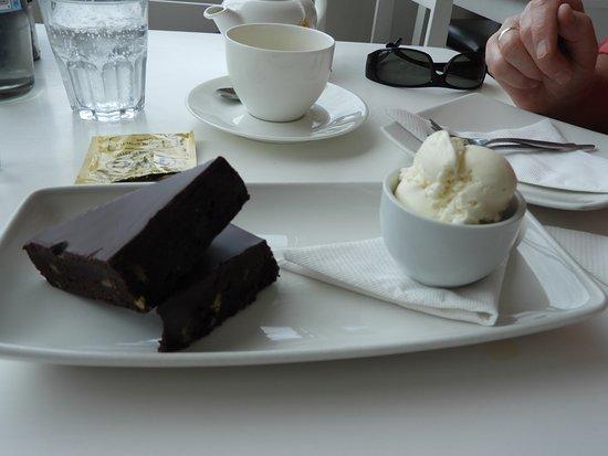 East Head Cafe: Chocolate Brownie