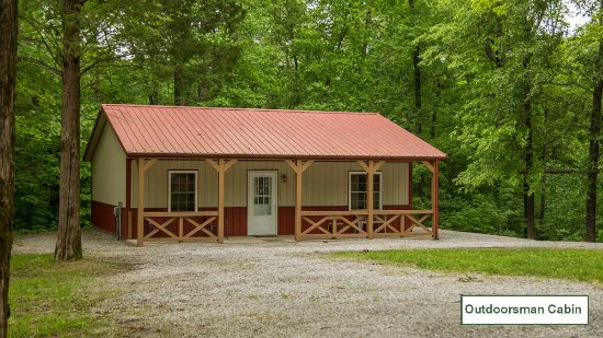 Golconda, IL: Front of the Outdoorsman Cabin - Willowbrook Cabins