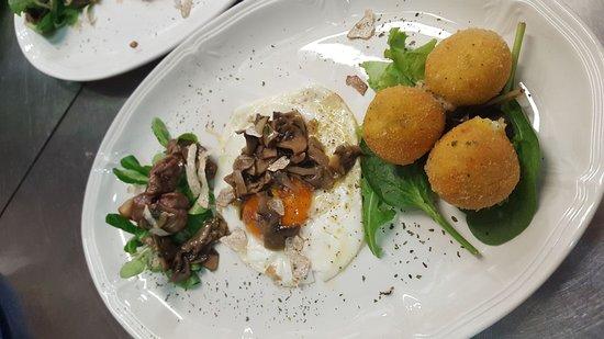 Portomaggiore, Italy: Tris di antipasti - serata funghi e tartufi