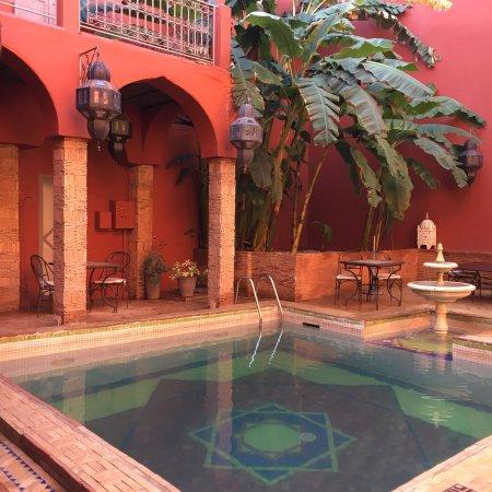 Les Jardins D Henia Marakesh Maroko Review Guest House