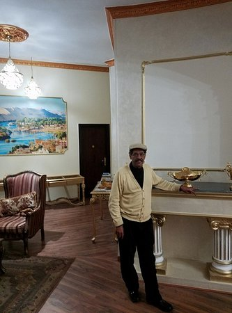 Hotel Grand Royal: Me in the reception area.
