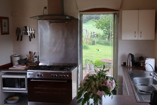 Lilydale, Австралия: Kitchen Eagle Park Villa