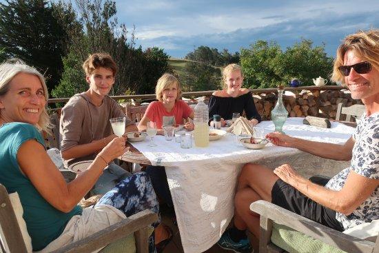 Lilydale, Австралия: La Terrazza dinning