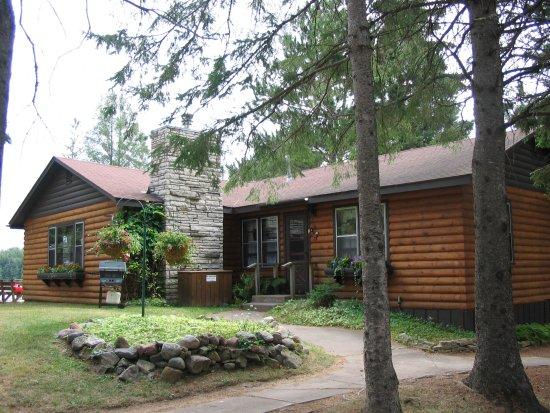 Watersmeet, MI: Cabin 2
