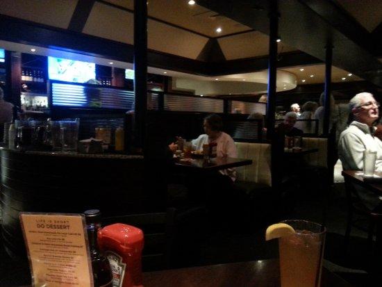 No Frill Bar & Grill Photo