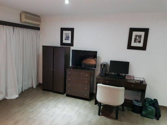 Ker Urquiza Hotel & Suites: 20180115_201117_large.jpg