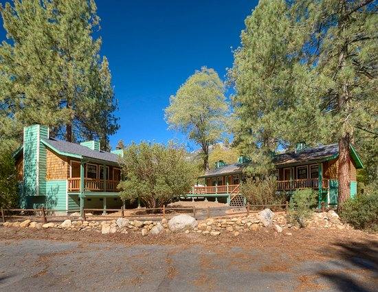 Idyllwild, CA: Theme Rooms Exterior