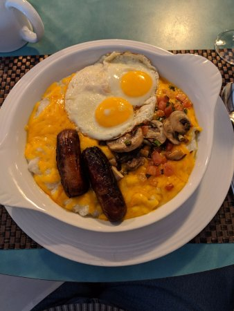 The Galt House, a Trademark Collection Hotel: Grits plate at the Magnolia was filling and tasty!