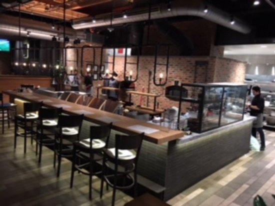 Matchbox Vintage Pizza Bistro Potomac Mills Bar Area