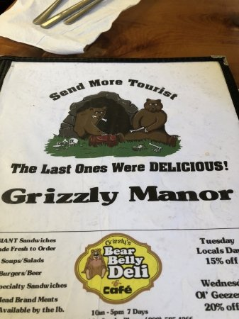 Grizzly Manor Cafe: Menu