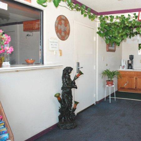 Инглвуд, Калифорния: Lobby