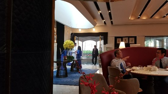 The Oberoi Grand: 20180116_083017_large.jpg