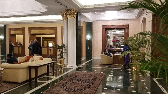 The Oberoi Grand: 20180116_084525_large.jpg