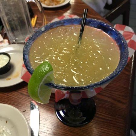 Duke's Bar and Grill: photo5.jpg